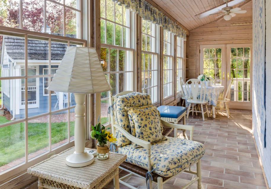 Sunroom built by a Sunroom Contractor